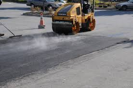 asphalt hot patch, asphalt patch, asphalt patch repair, asphalt repair patch, hot asphalt patch, hot patch asphalt repair, infrared patching asphalt, patch asphalt, patching asphalt, Nashville, Brentwood, Franklin, Smyrna, Lavergne, Antioch, Murfreesboro, Lebanon, Dickson, Columbia, Spring Hill, Thompsons Station, Green Hills, Bellevue, Madison, Hermitage, Hendersonville, Goodlettsville, Cookville, Clarksville, All of Middle Tennessee, Northern Alabama